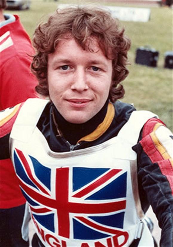 ENGLAND Chris Morton (3) - ENGLAND-Chris-Morton-3