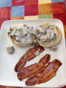 Creamed mushrooms & bacon