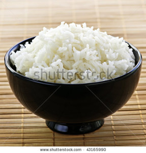 stock-photo-white-steamed-rice-in-black-round-bowl-43165990